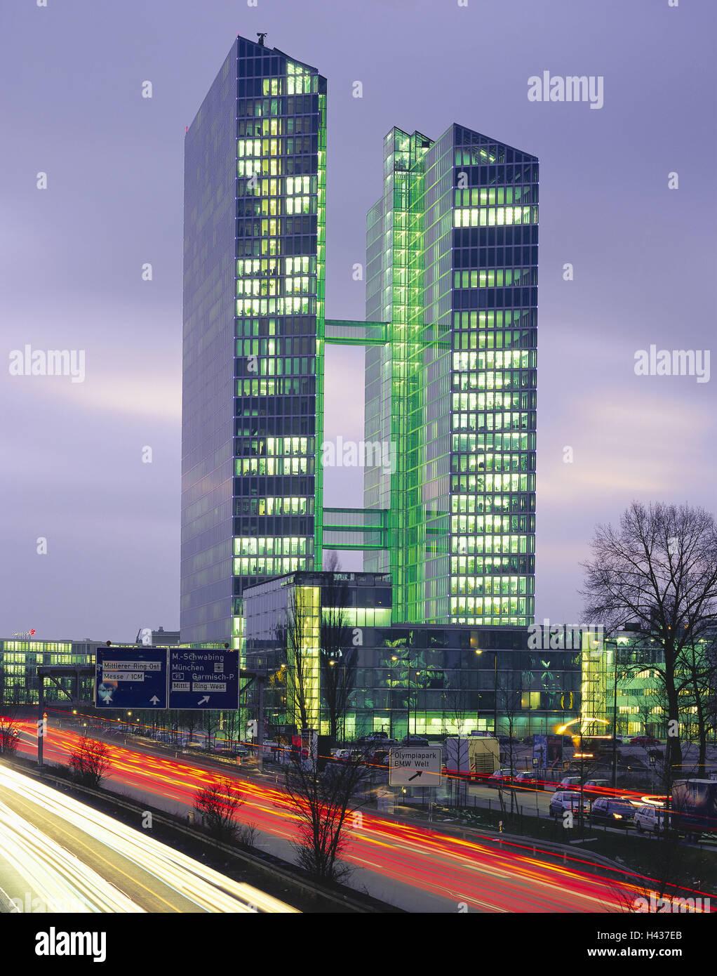 Beleuchtung München deutschland bayern münchen highlight tower autobahn leichte