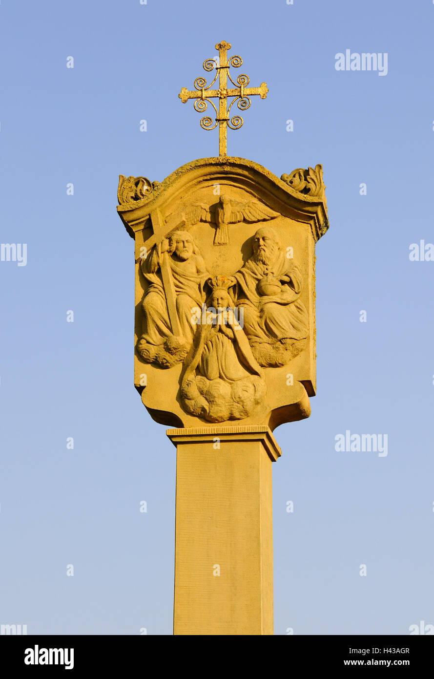 Bildstock, Detail, Figuren eines Heiligen, Stockbild