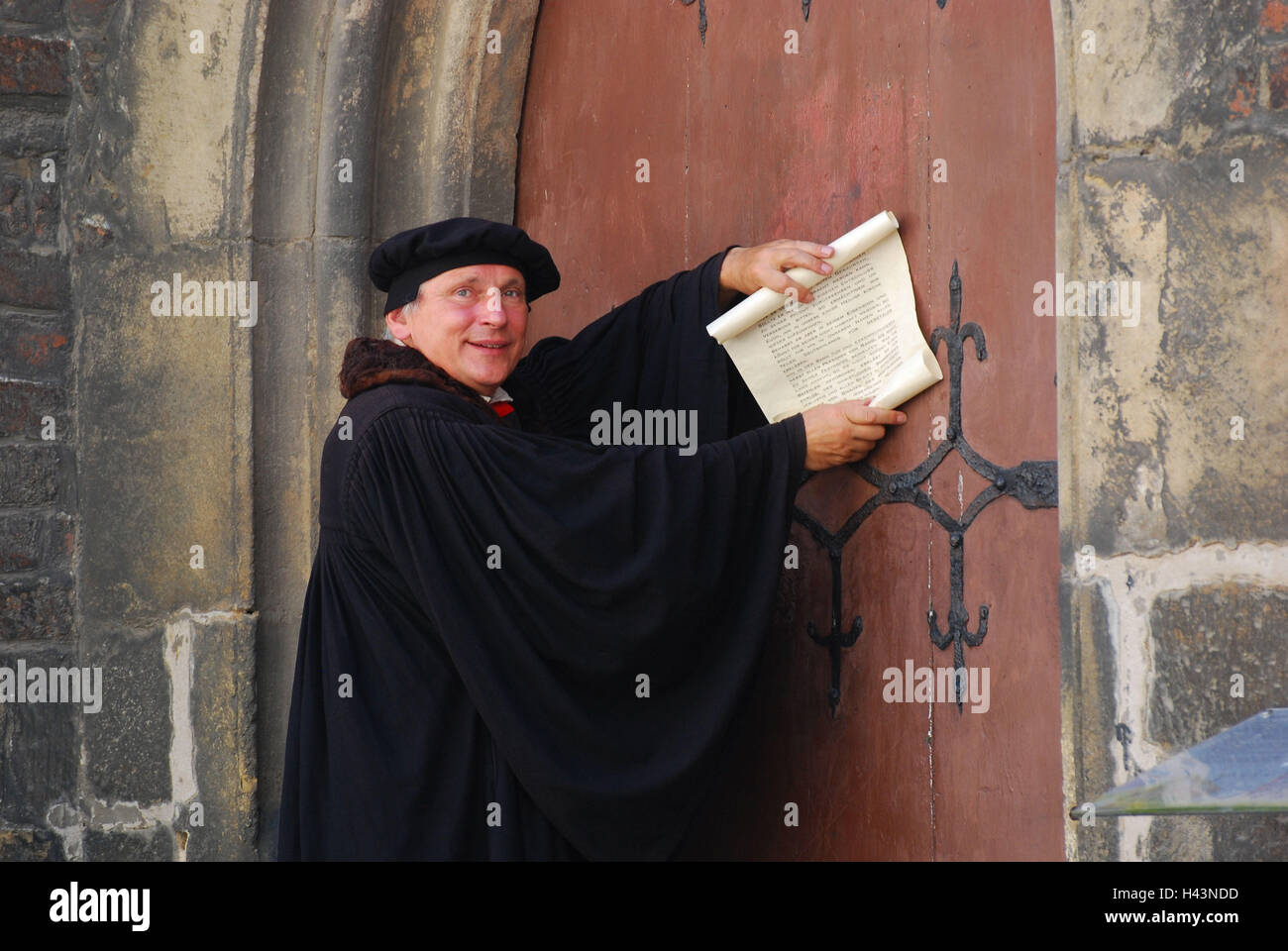Decorating martin luther church door photos : Actor Martin Luther Church Door Stockfotos & Actor Martin Luther ...