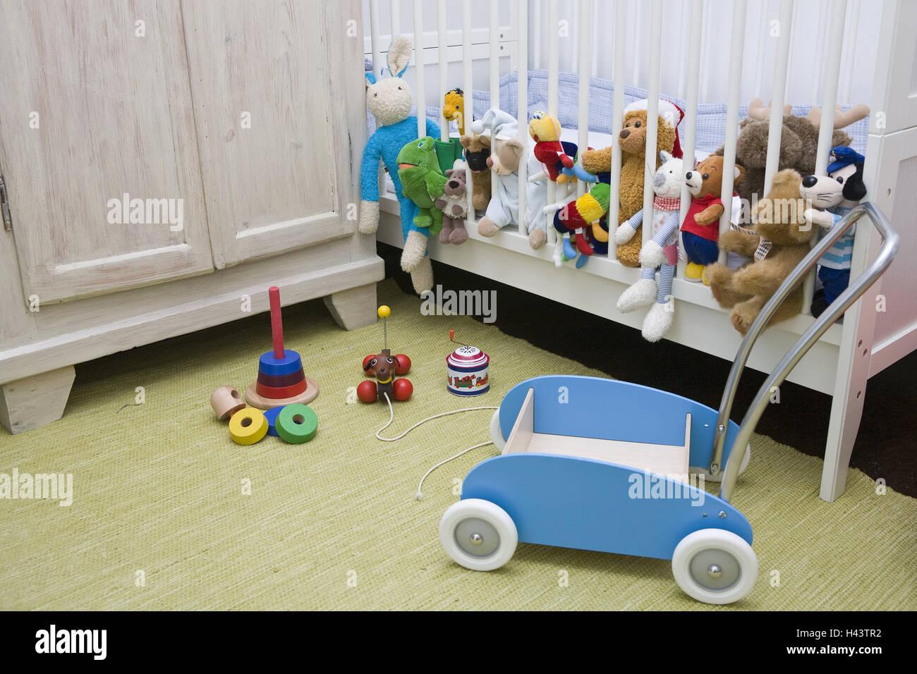 Kinderzimmer Spielzeug Kinderbett Stofftiere Kinderzimmer