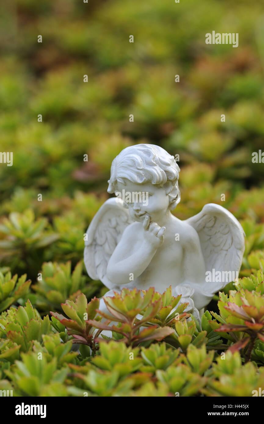 Porzellan Engel Garten Stockfoto Bild 123023458 Alamy