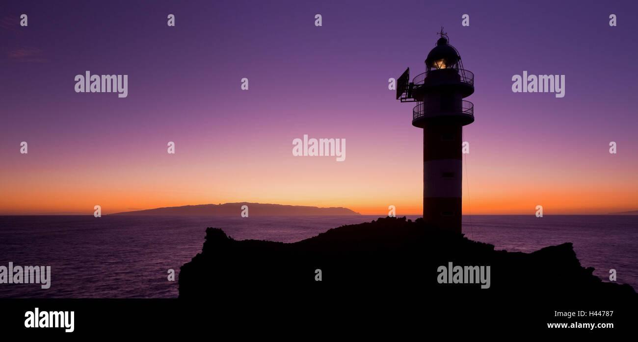 Spanien, Kanarische Inseln, Teneriffa, Punta Tu Teno, Leuchtturm, Stockbild