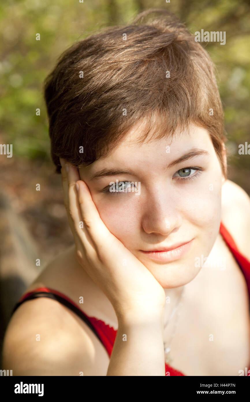 Jugendliche Madchen Kopf Ruhetag Portrat Modell Veroffentlicht