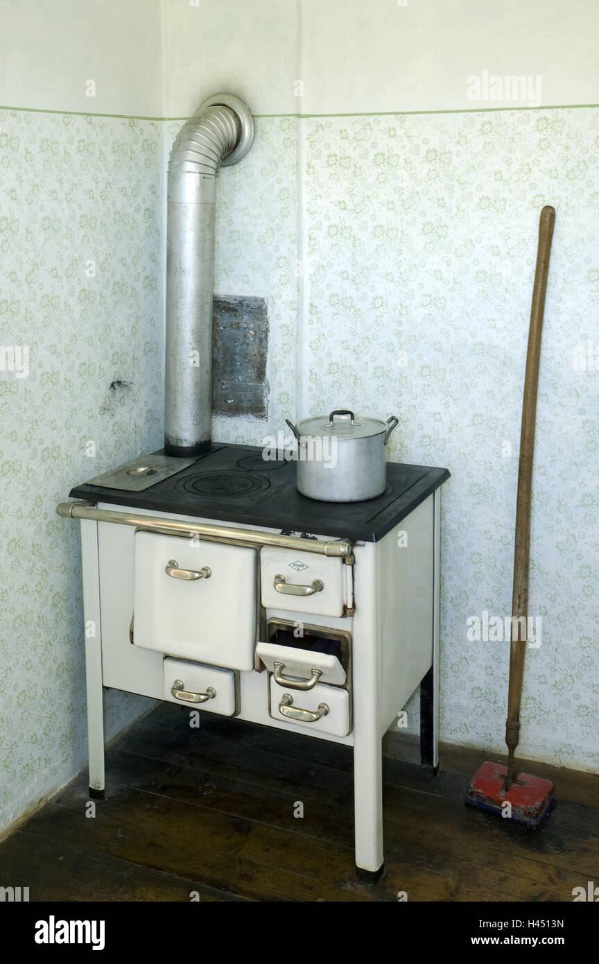 Boiler Flue Stockfotos & Boiler Flue Bilder - Alamy
