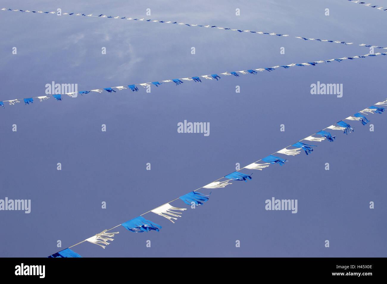 Himmel, Girlanden, Anhänger, blau, weiß, wolkenlos, Saiten, Bettwäsche, Dekoration, angespannt, ornamental, Stockbild