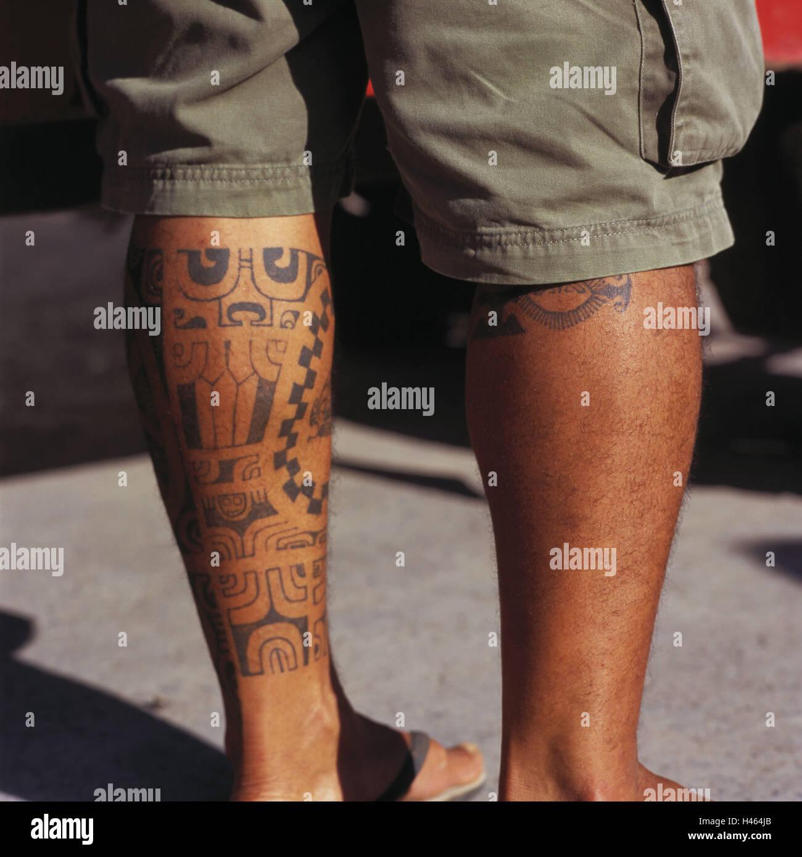 waden tattoo mann