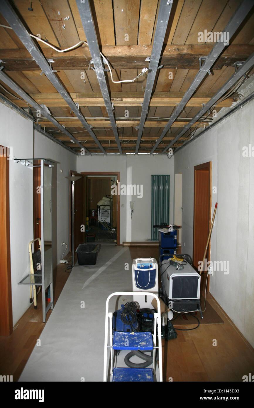 Wohnung, Halle, Wasserschäden, Versicherung, Sachversicherung, Fall ...