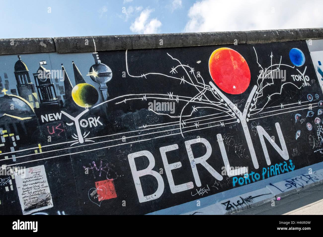 Reste der Berliner Mauer, Denkmal-East-Side-Gallery, Berlin, Deutschland Stockfoto