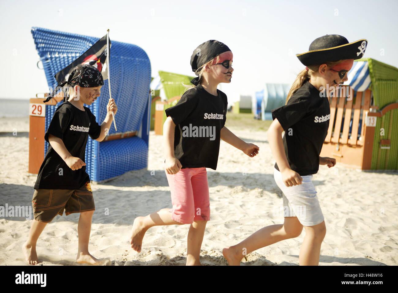 Charmant Strand Party Spiele Verkleiden Galerie - Brautkleider Ideen ...