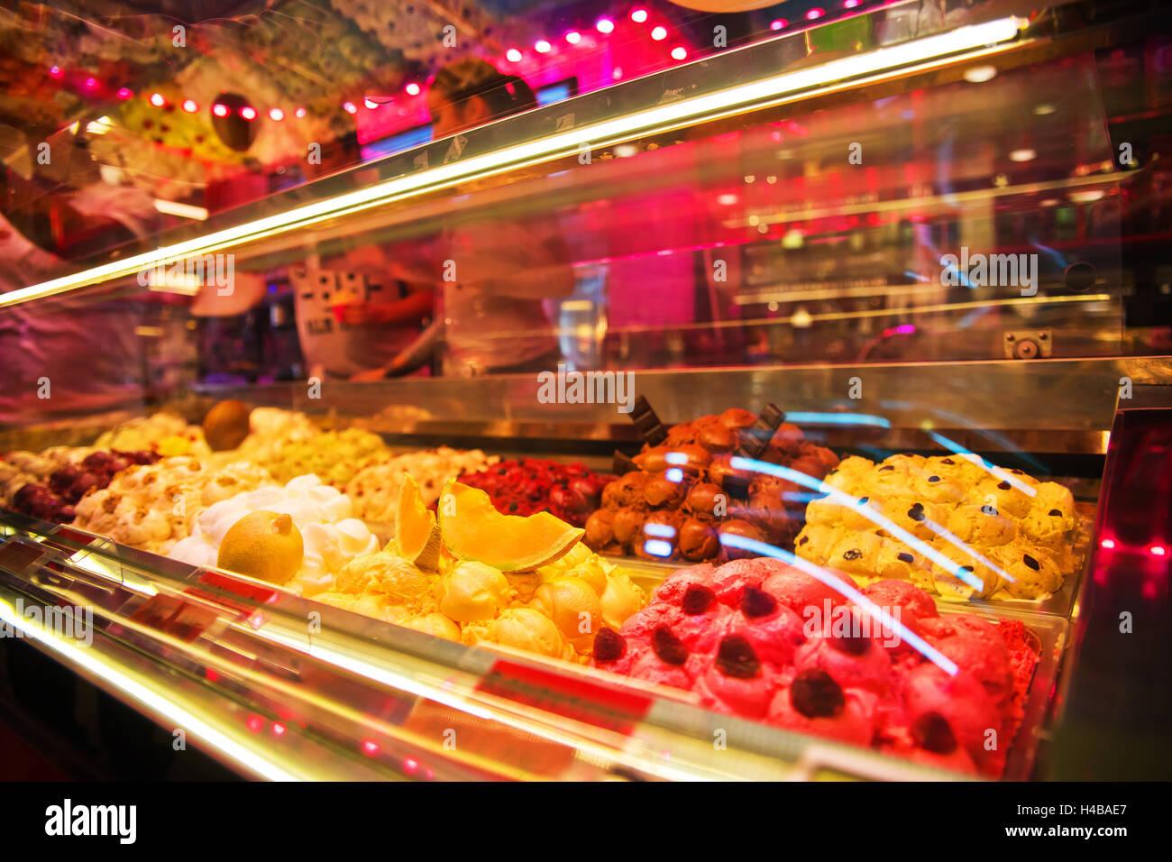 Detailansicht, Eisdiele in eine Markthalle in Stockholm, Schweden Stockbild