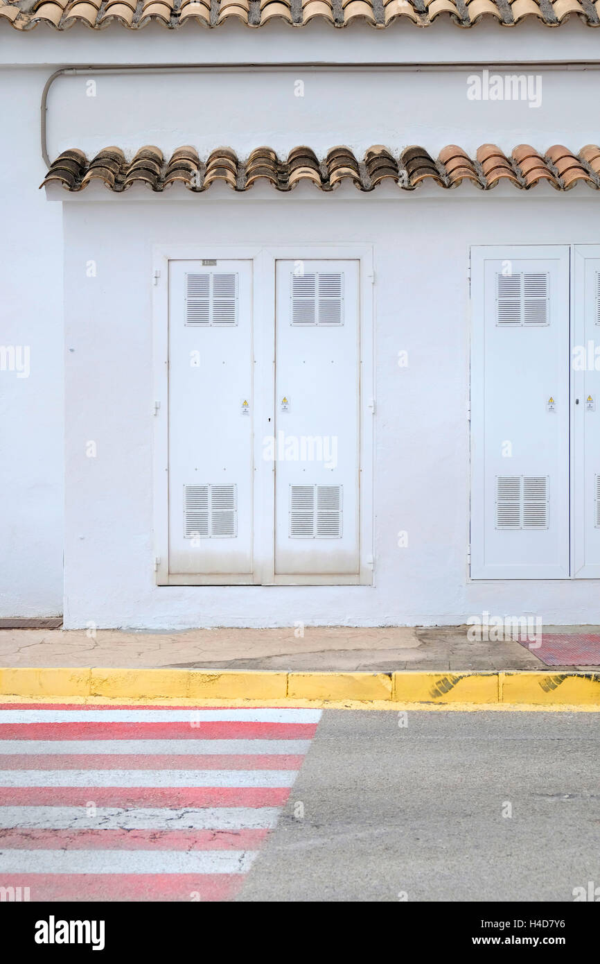 Zebrastreifen, Mallorca, aktuelle Häuschen, aktuellen Fällen, Kerb, Stockbild