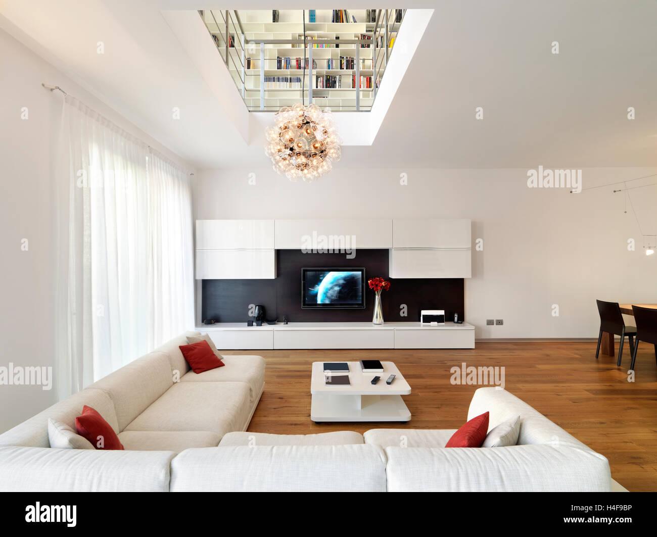 Anspruchsvoll Bodenbelag Wohnzimmer Dekoration Von Innenansicht Der Moderne Im Vordergrund Das Sofa