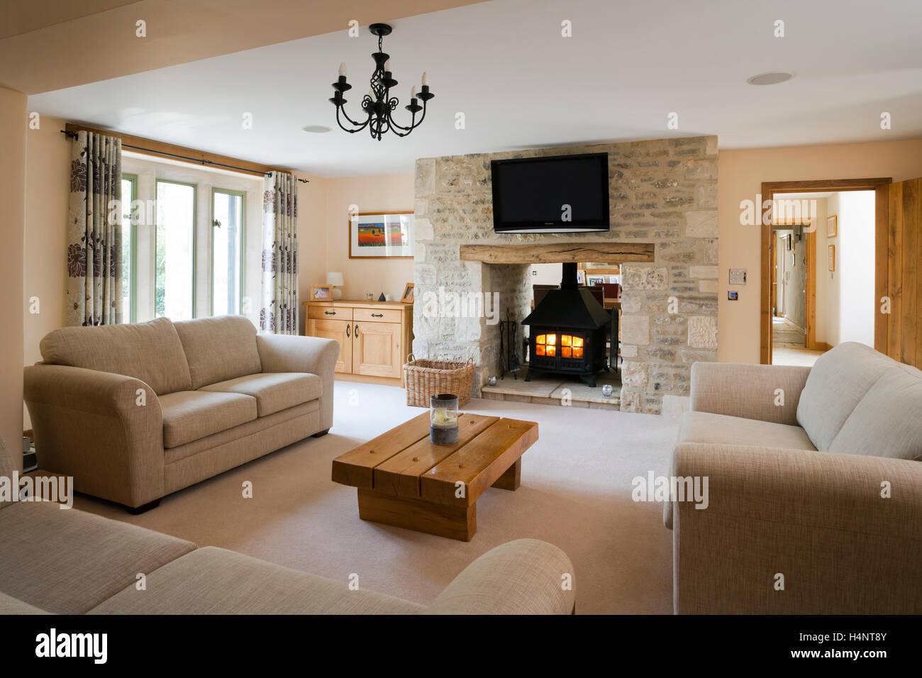 Elegant Eine Große Scheune Konvertierung Wohnzimmer