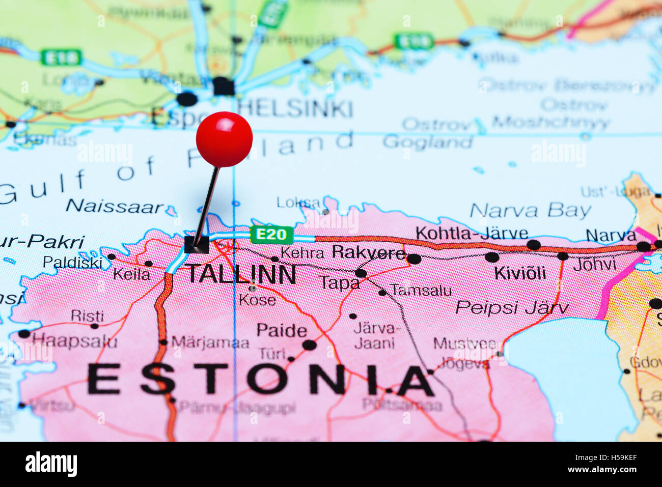 Fixiert Auf Einer Karte Von Estland Tallinn Stockfoto Bild