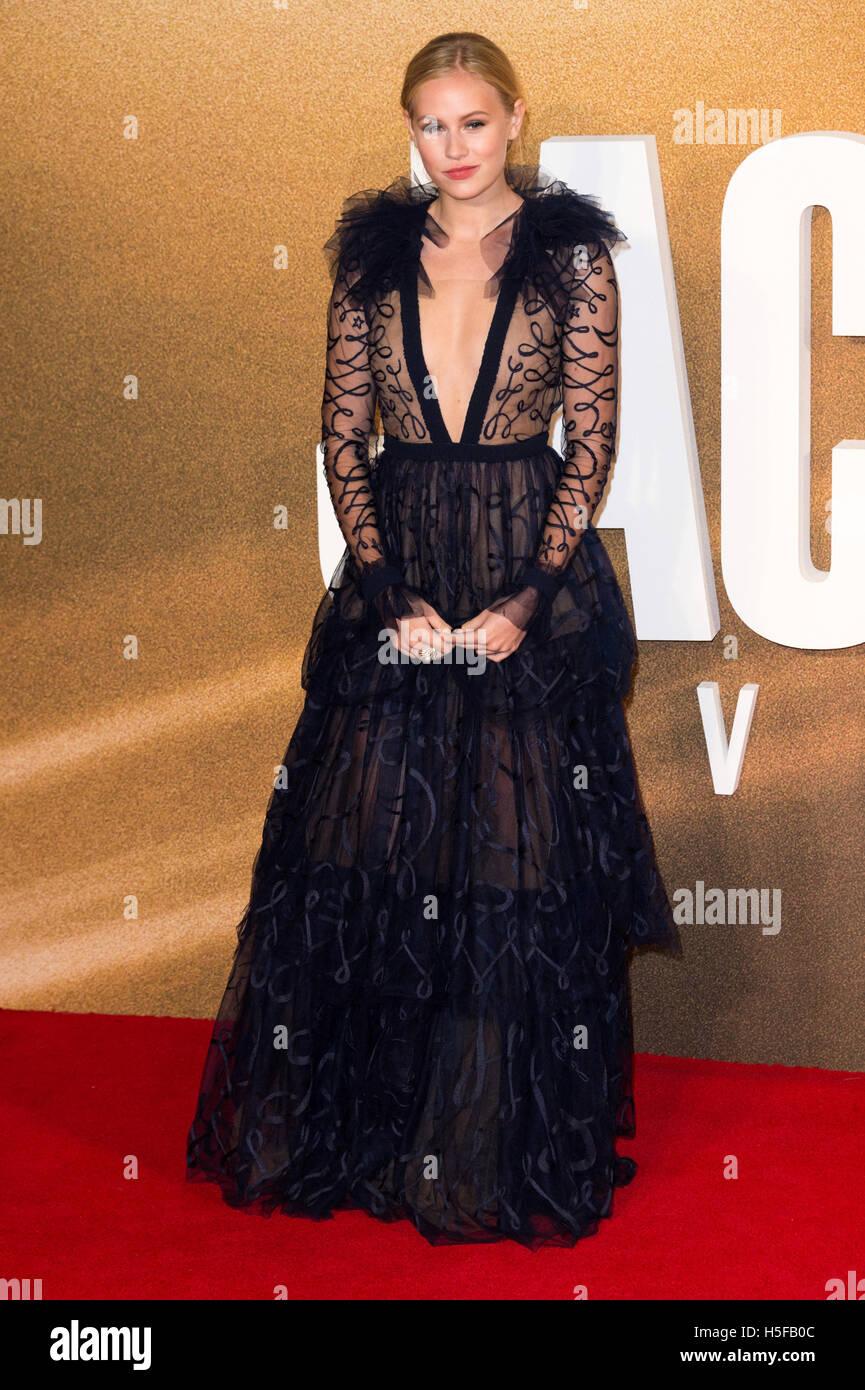 London, UK. 20. Oktober 2016. Danika Yarosh besucht die Europäische Filmpremiere von Jack Reacher: nie wieder Stockbild