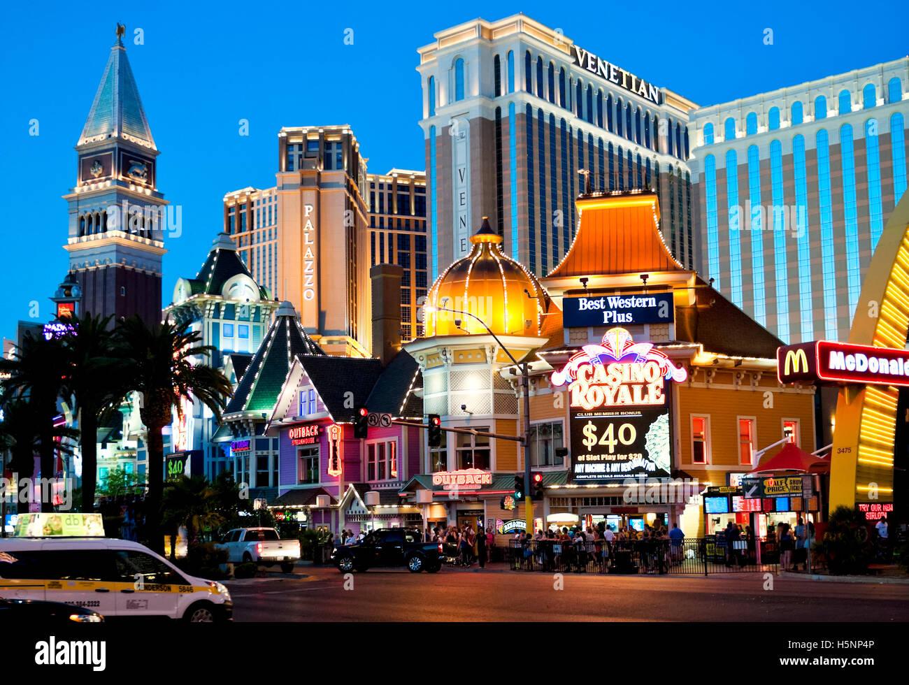 Der Las Vegas Strip Skyline in der Dämmerung Stockbild