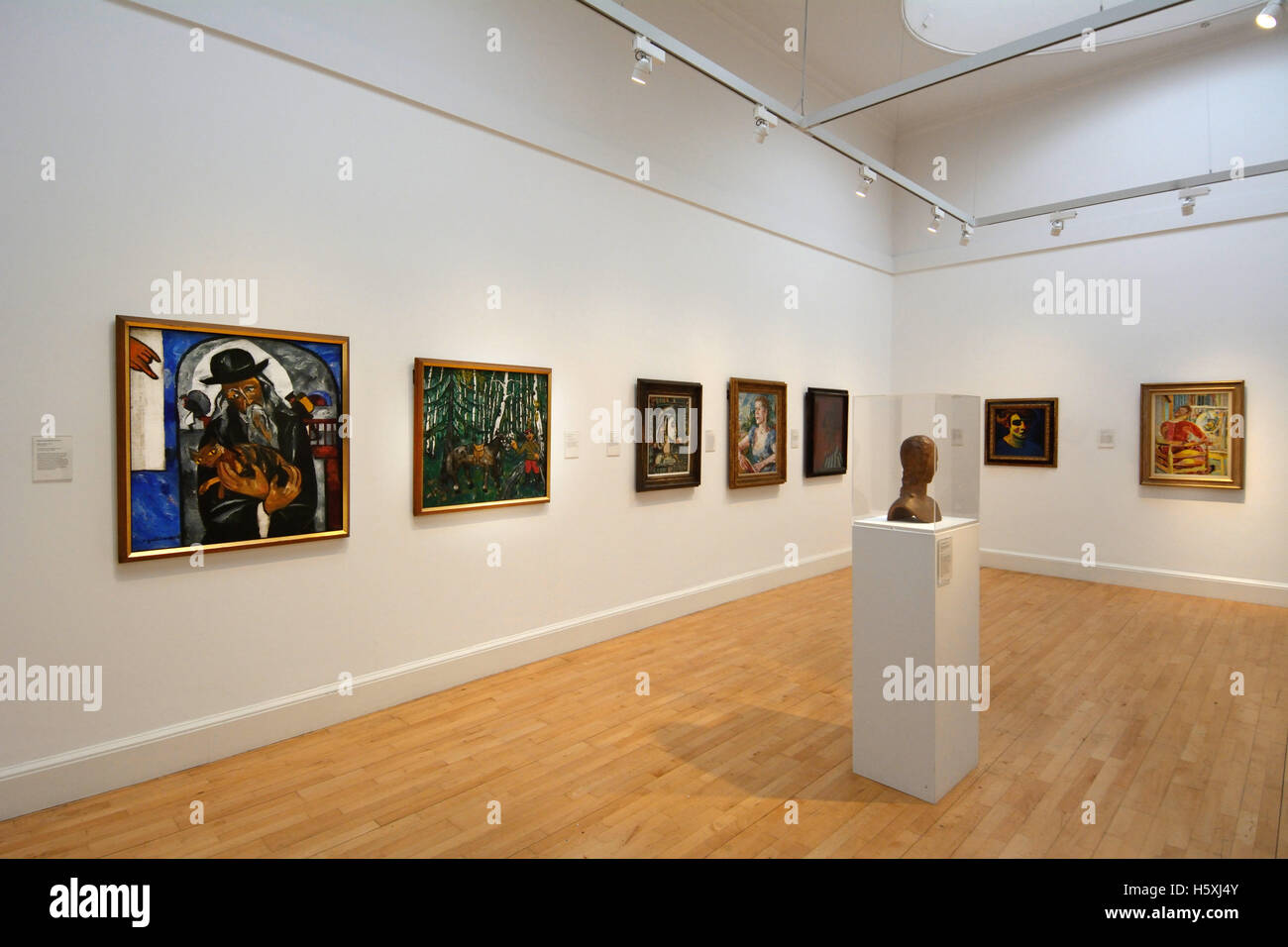 https://c8.alamy.com/compde/h5xj4y/grossbritannien-schottland-edinburgh-interieur-von-der-scottish-national-galerie-modern-art-h5xj4y.jpg