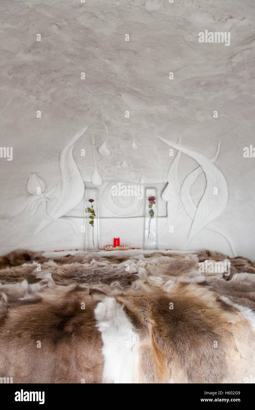 inside of igloo stockfotos inside of igloo bilder alamy. Black Bedroom Furniture Sets. Home Design Ideas