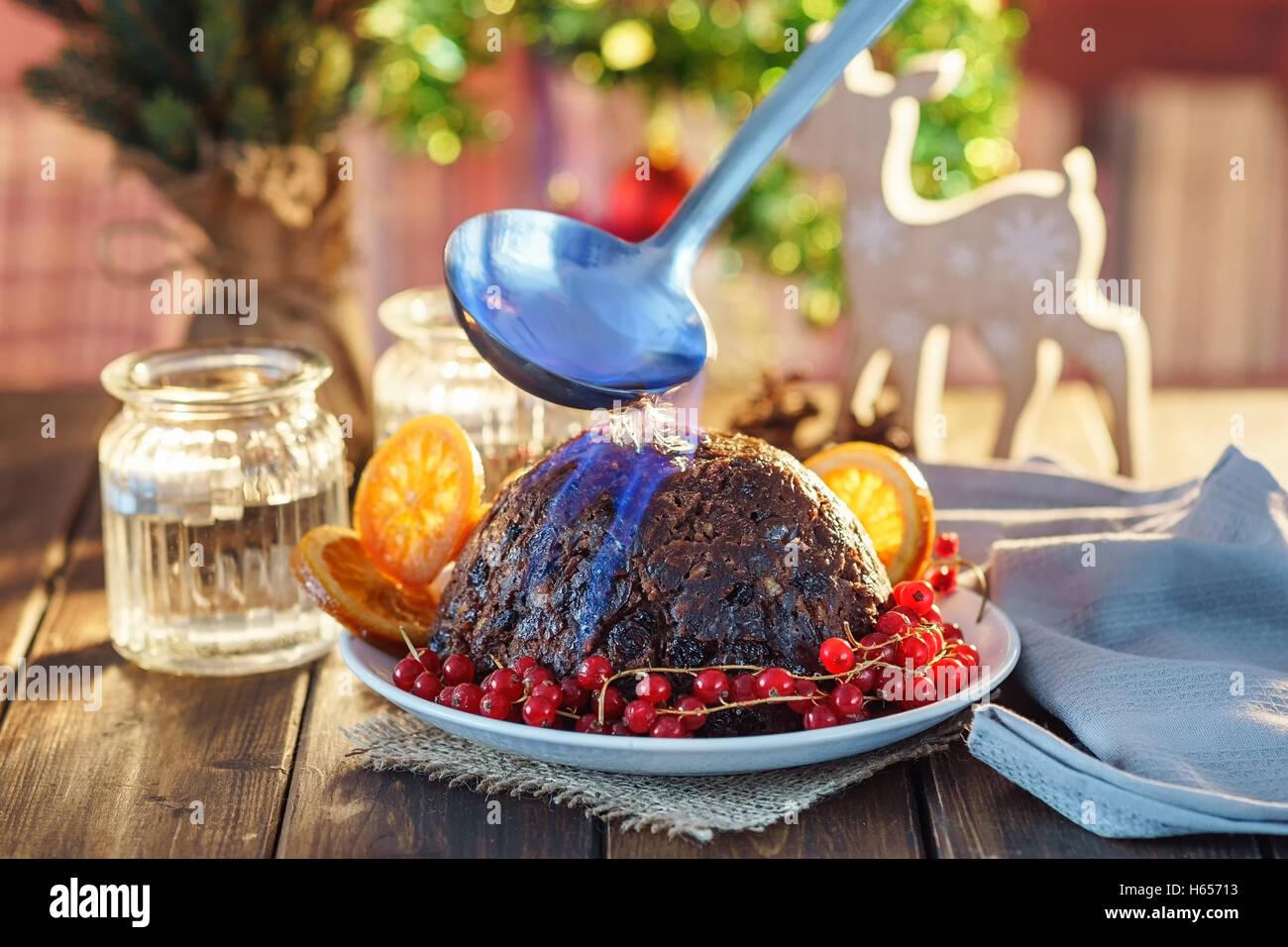 Christmas Pudding flambe Stockfoto