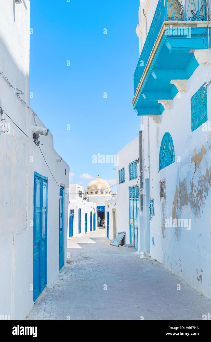 Medina von Kairouan besteht aus alten Wohn-Häuser, die nicht minder interessant als andere Sehenswürdigkeiten Stockbild
