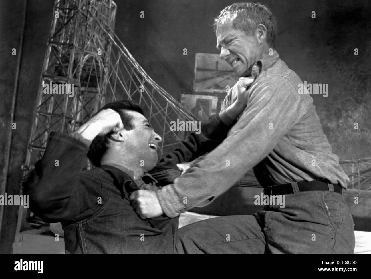 KAMPF-SZENE AUFSCHUB; STRÄFLINGE 4 (1962) Stockbild