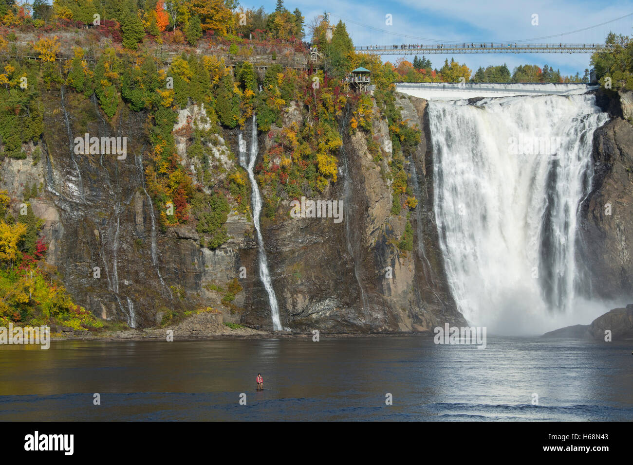 Klettersteig Quebec : Montmorency falls waterfall quebec stockfotos