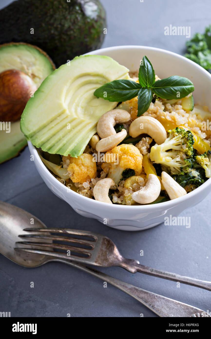 Gesunde vegane Curry mit quinoa Stockbild