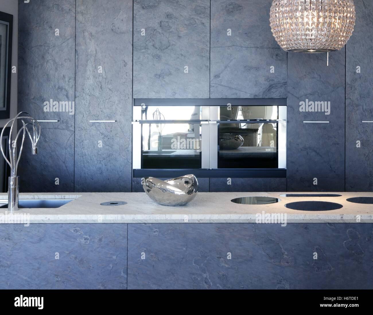 Bungalow Haus Modern Grundriss Mit Walmdach Architektur: Haus Bauen Modern. Top Die Sims Haus Bauen Modern Bungalow