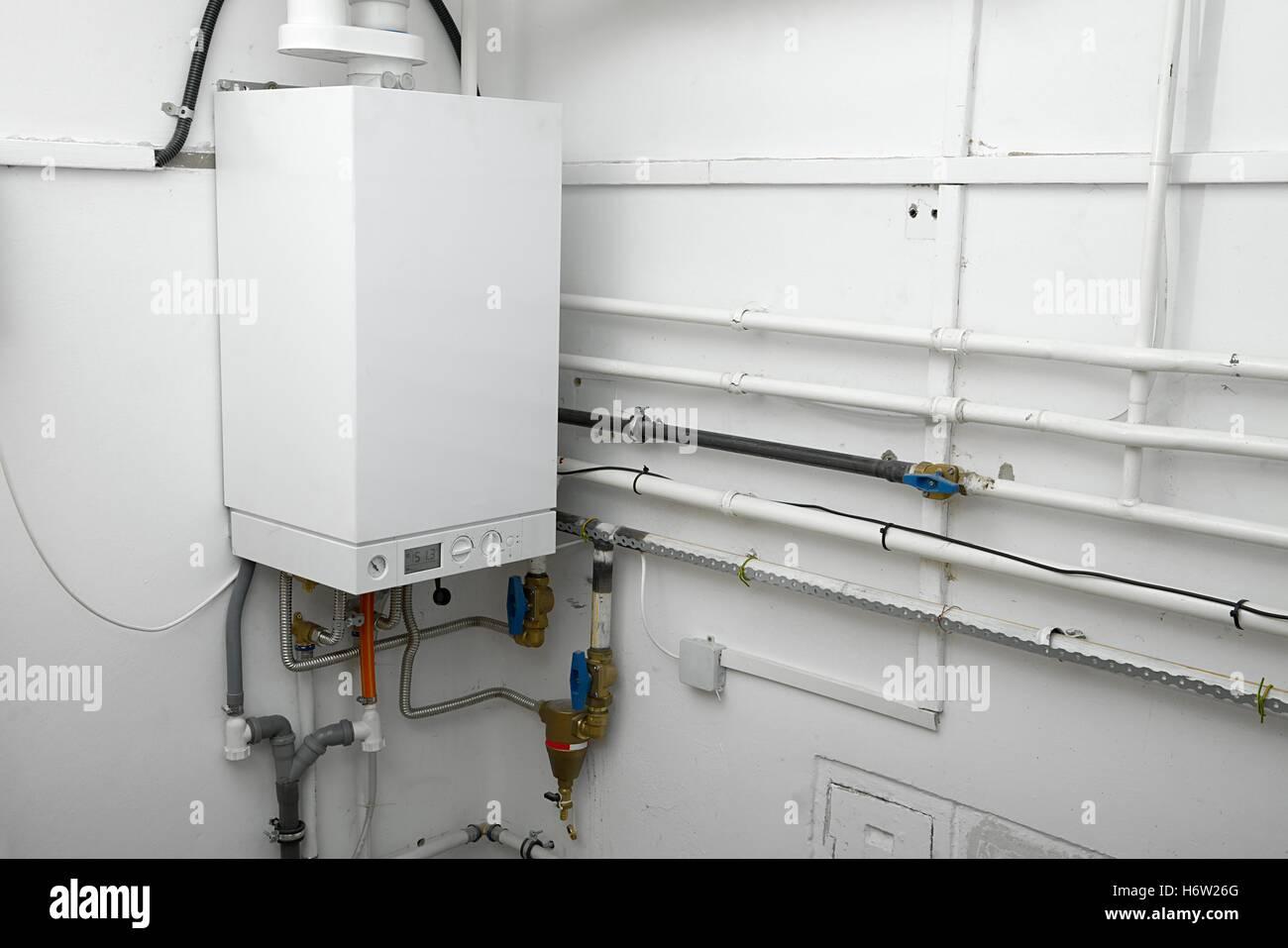 Rohr-Gasheizung Ofen Kessel Rohr Sanitär Systemhaus Komponente ...
