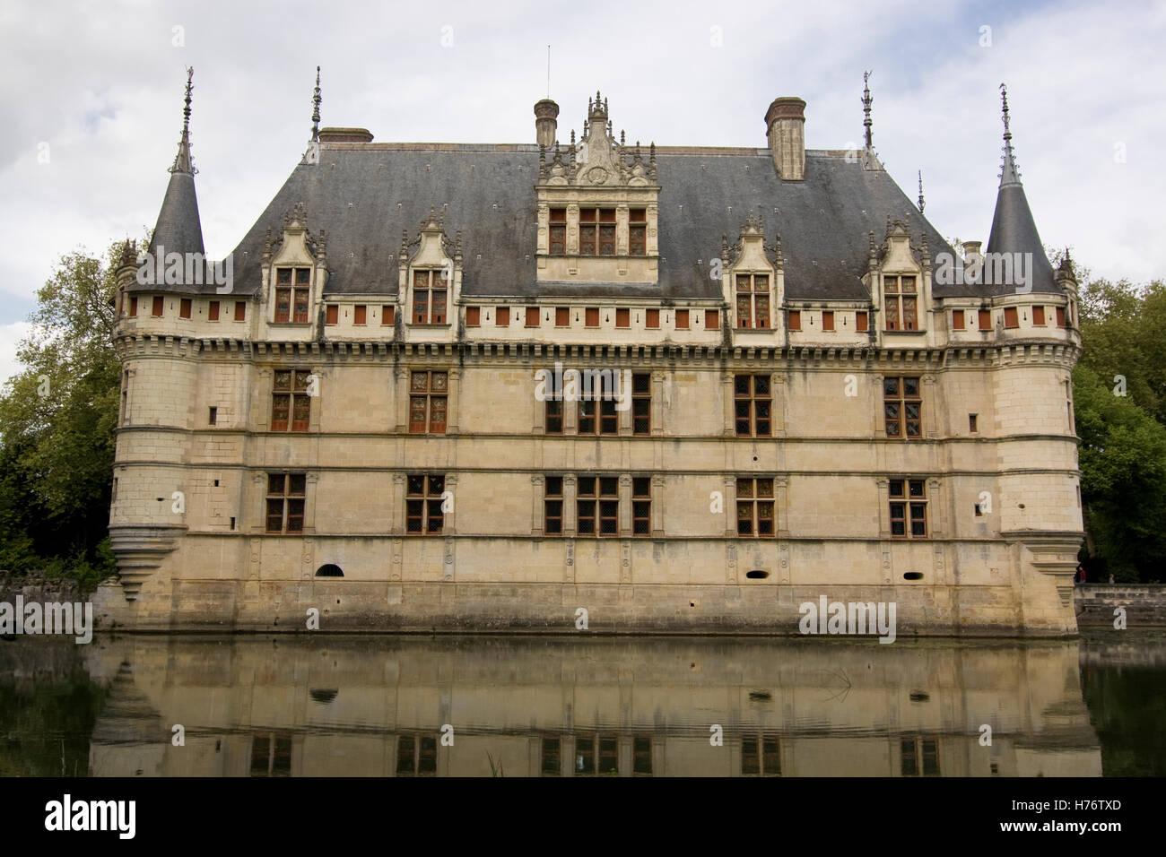 Azay-le-Rideau: Westfassade Frontal; Schloss Azay-le-Rideau, West ...