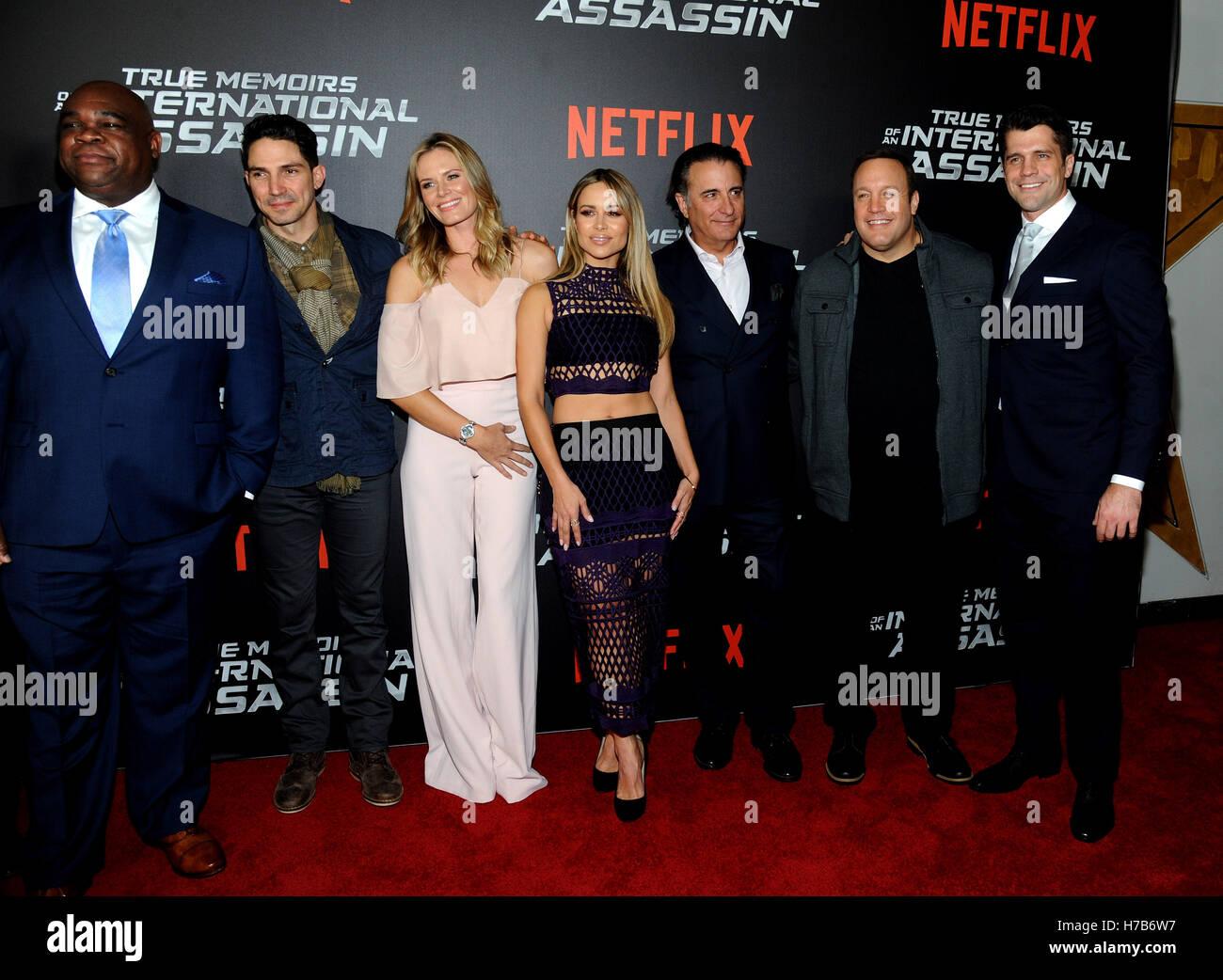 New York, NY, USA. 3. November 2016. Leonard Earl Howze, Maurice Compte, Lauren Shaw, Zulay Henao, Andy Garcia, Stockbild