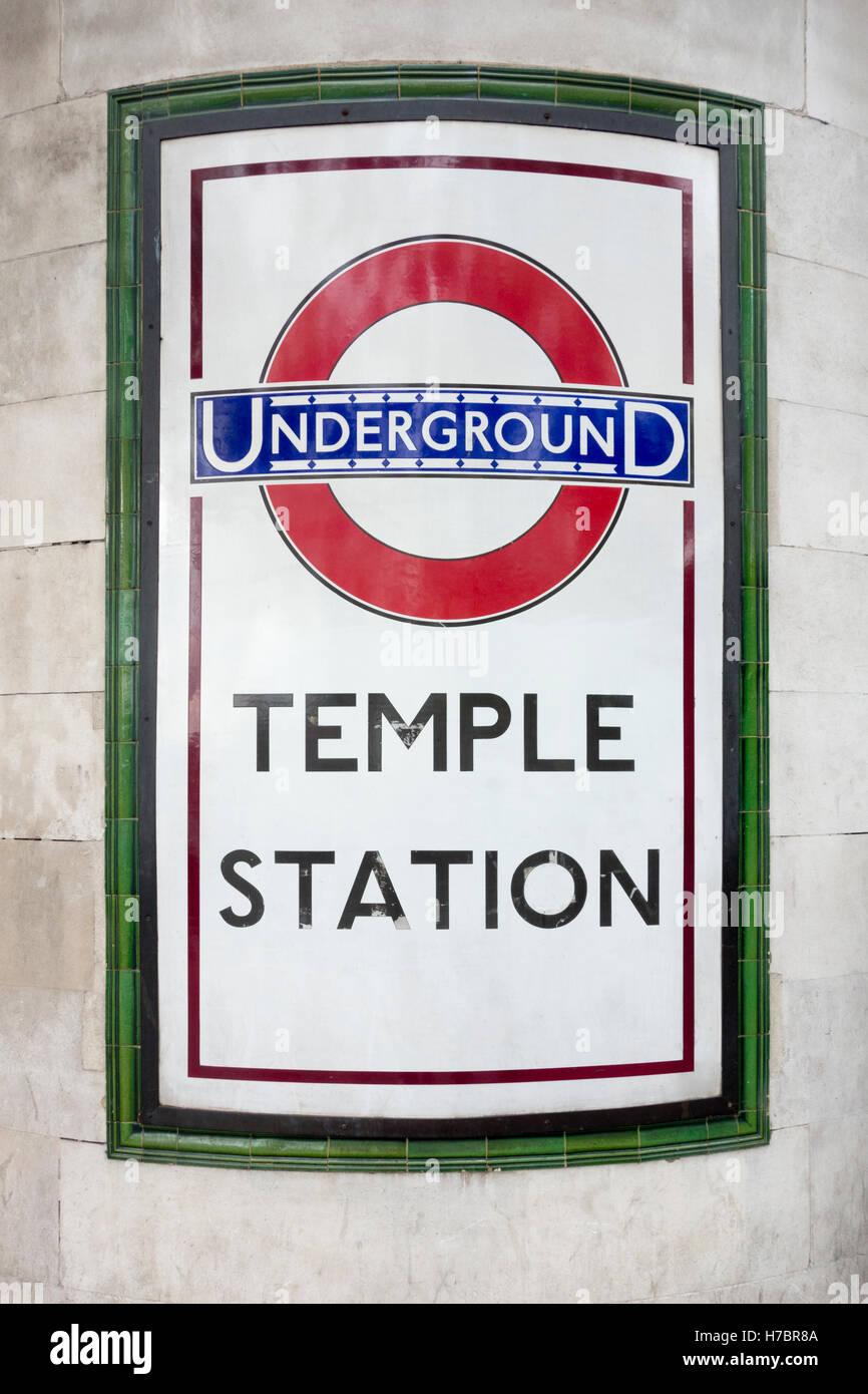 Temple Station Zeichen, London Underground Stockbild