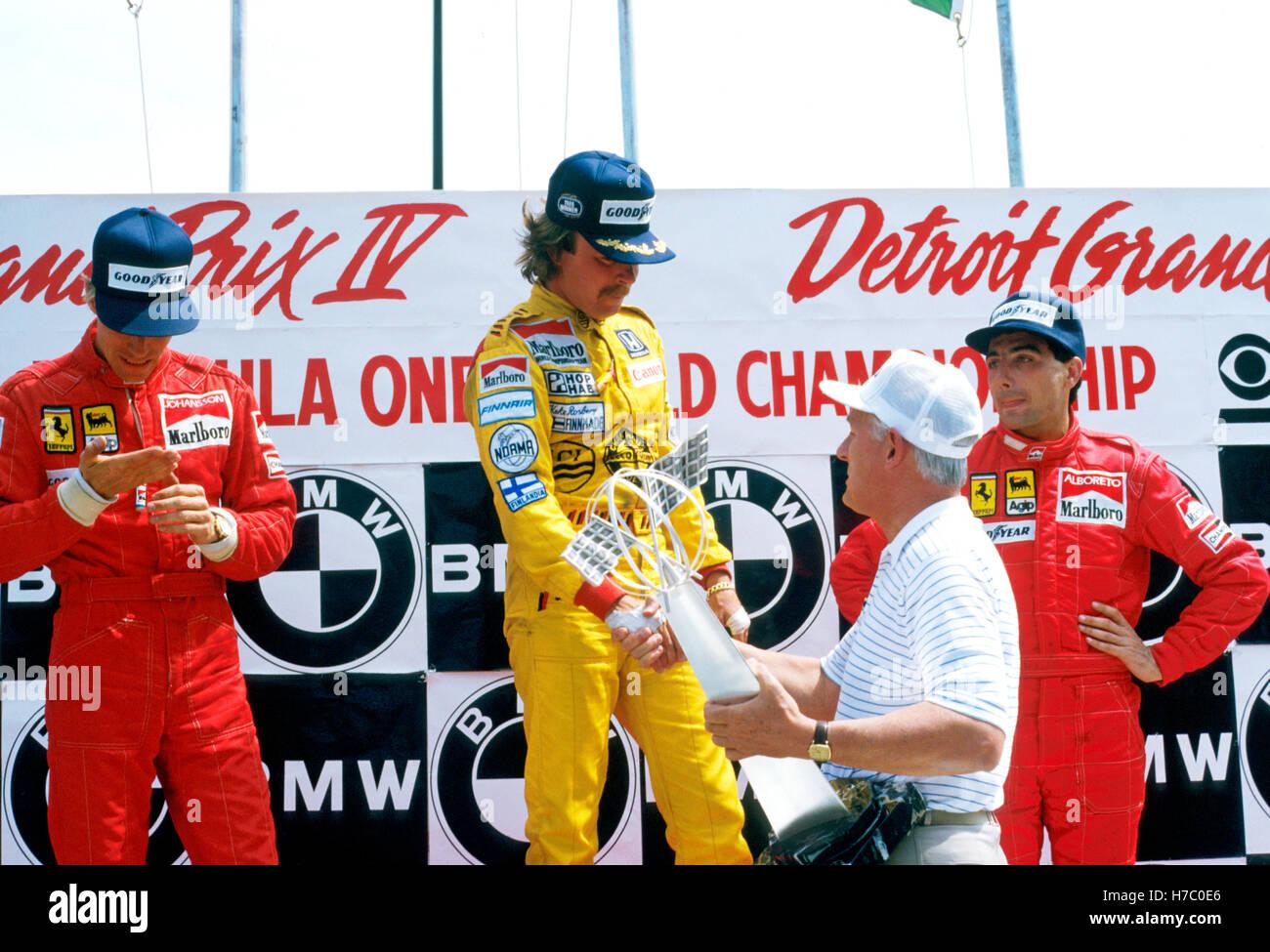 Keke Rosberg gewinnt Detroit 1985 - Stefan Johansson 2. Michele Alboreto  3rd Stockfotografie - Alamy
