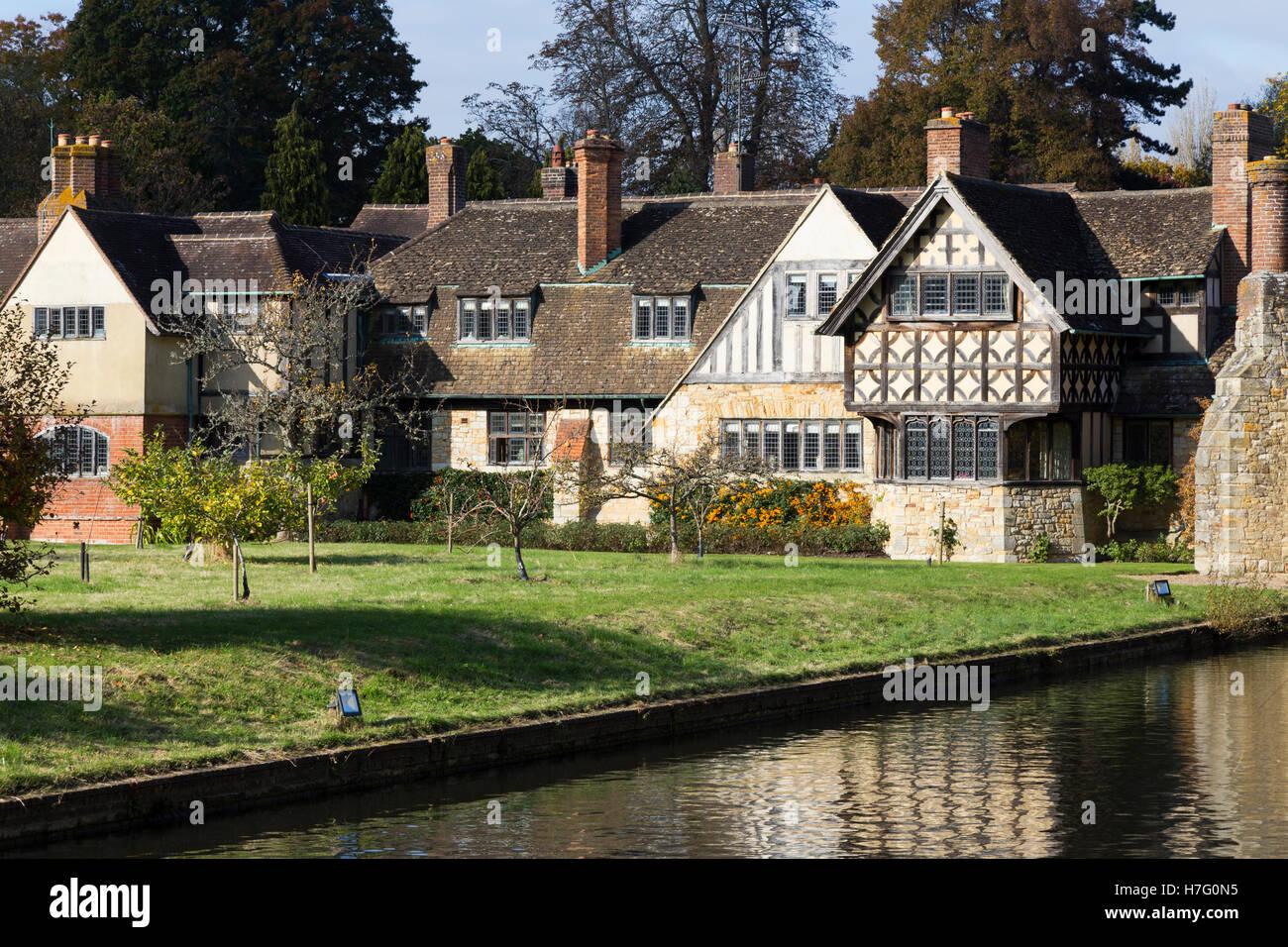 Wohntrakt für Urlaub / Bed & Breakfast Gäste bei Hever Castle in Kent (erhältlich im Astor Stockbild