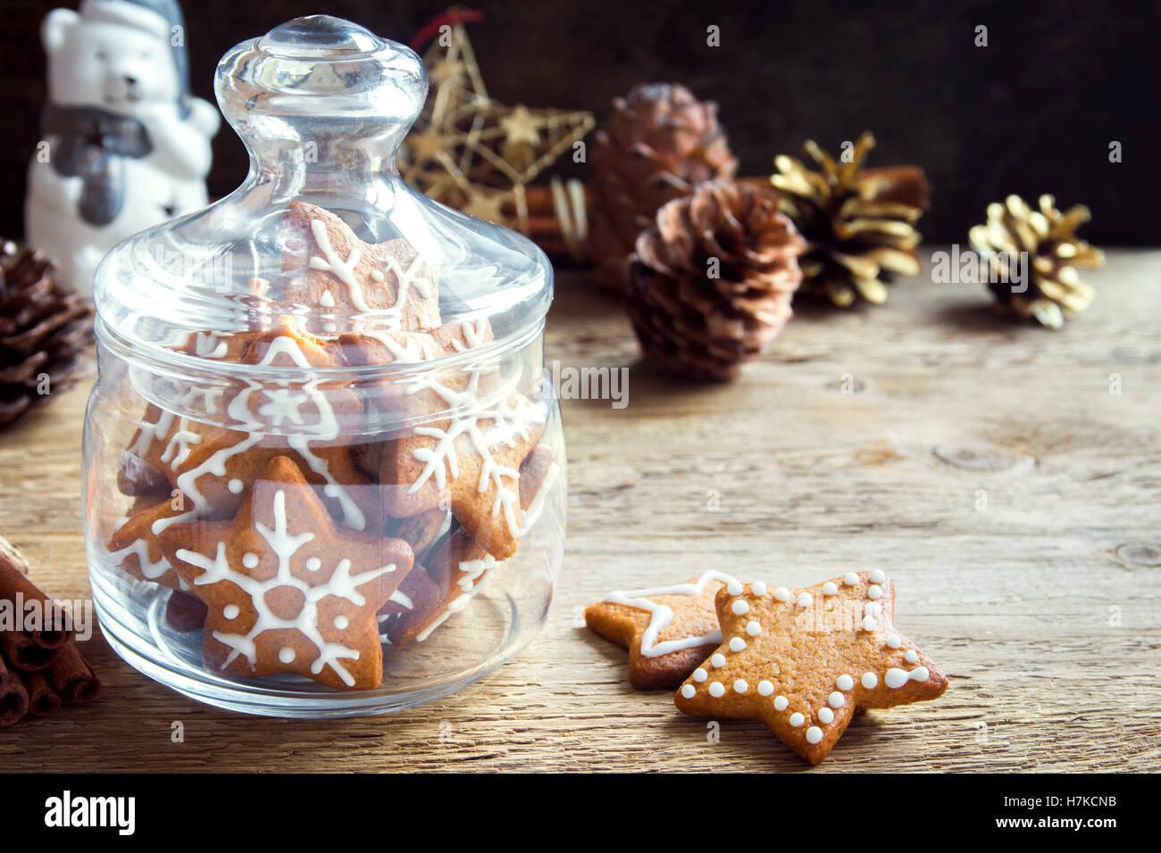 Lebkuchen Dekor Stockfotos Lebkuchen Dekor Bilder Alamy