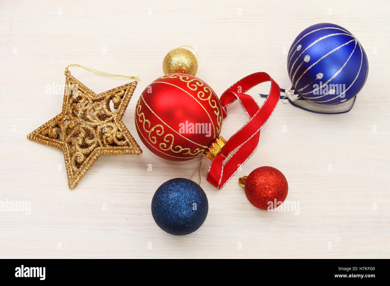 Christbaumkugeln Weiß Gold.Weihnachtsschmuck Gold Glitter Sterne Christbaumkugeln Und Band