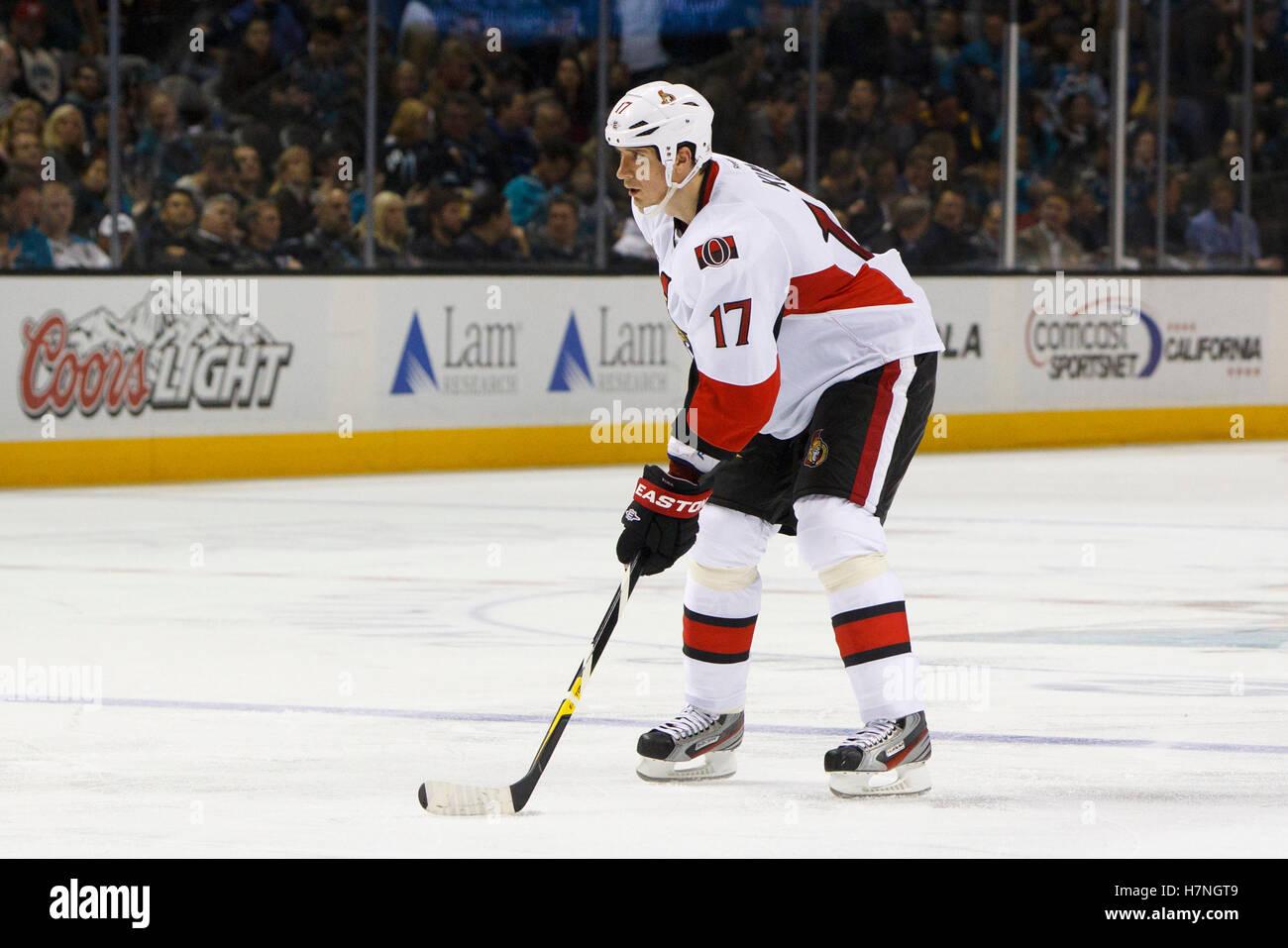 Jan 19, 2012, San Jose, Ca, USA; Ottawa Senators Abwehrspieler filip Kuba (17), bevor eine gegen die San Jose Sharks Stockbild