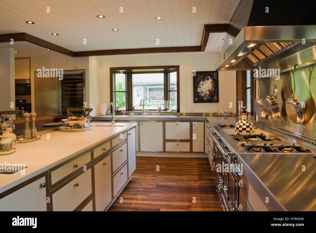 Ziemlich Blockhaus Stil Küche Designs Bilder - Küche Set Ideen ...
