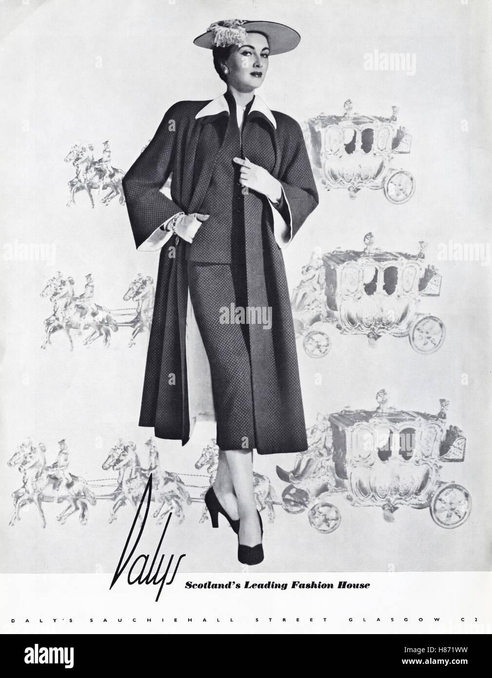 Fashion 50s Fashion Women Stockfotos & Fashion 50s Fashion