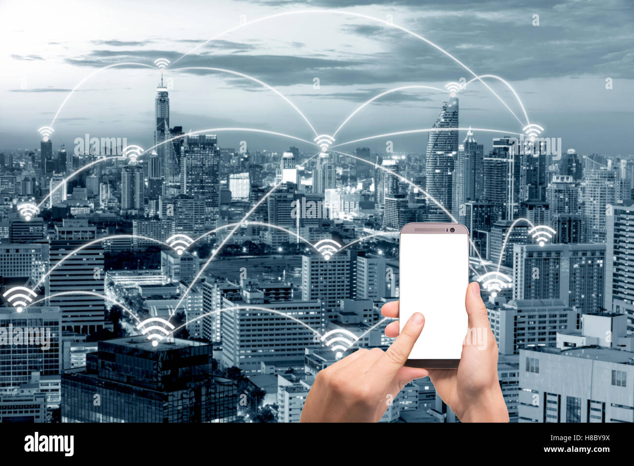 WiFi-Symbol und Bangkok Stadt mit Netzwerk-Verbindung-Konzept, intelligente Stadt Shanghai und drahtlose Kommunikationsnetz, Stockbild