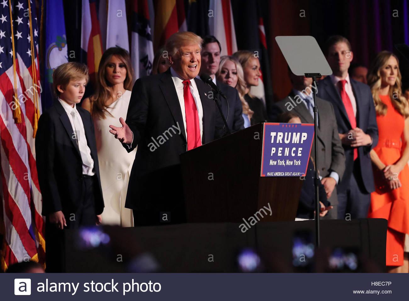 Donald Trump gewinnt die Präsidentschaftswahlen 2016 in Manhattan, New York Stockbild