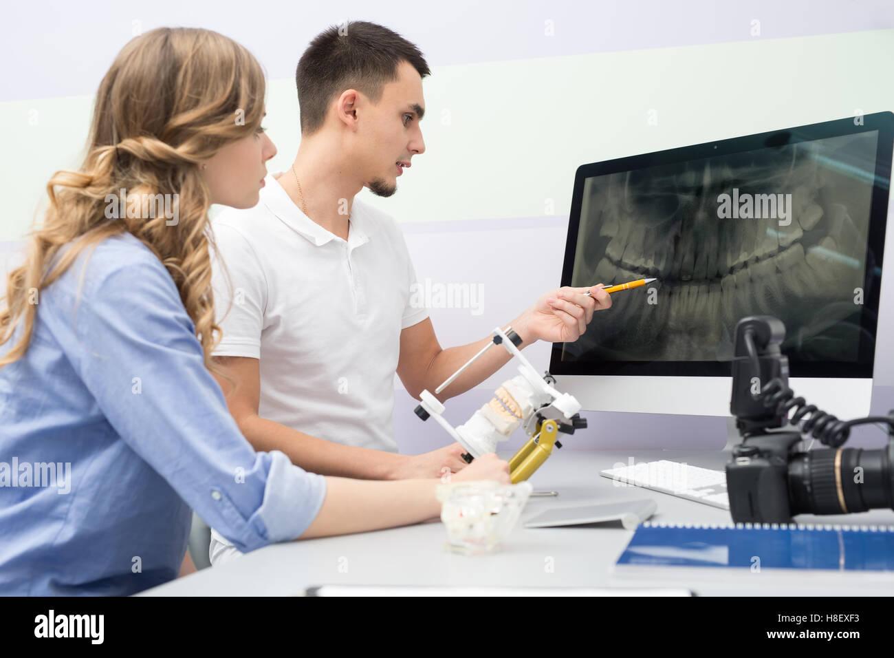 Panoramic Dental X Ray Implant Stockfotos & Panoramic Dental X Ray ...