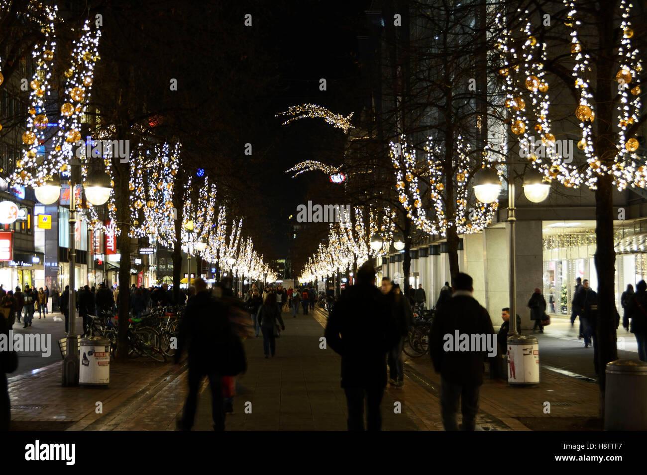 Weihnachtliche Beleuchtung in Hannover Stockbild