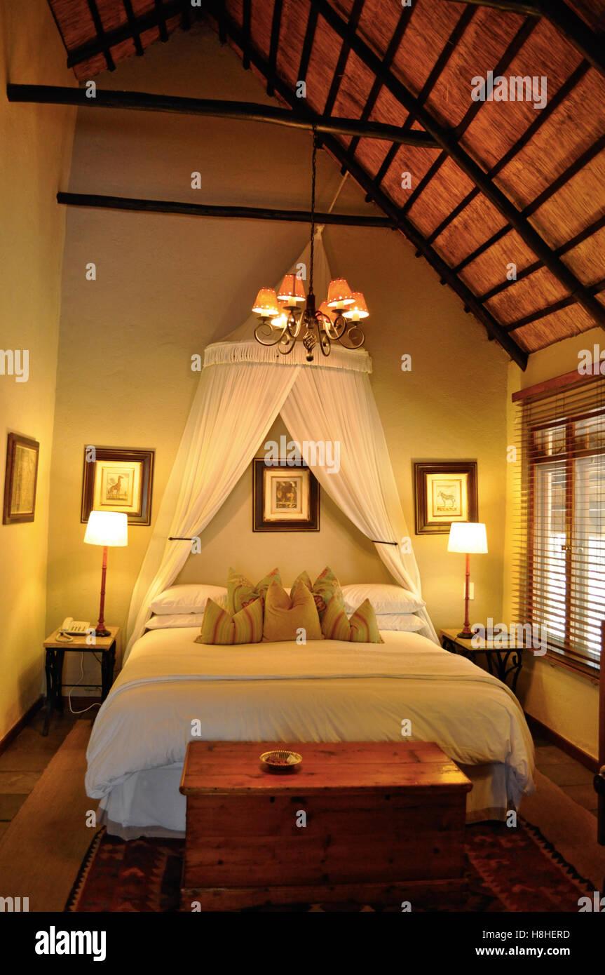 Safari in Südafrika, Unterkünfte: Ein romantisches Schlafzimmer am ...
