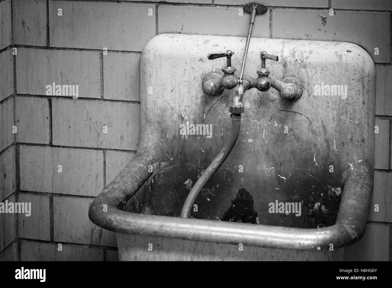 Laundry Room Sink Stockfotos & Laundry Room Sink Bilder - Alamy