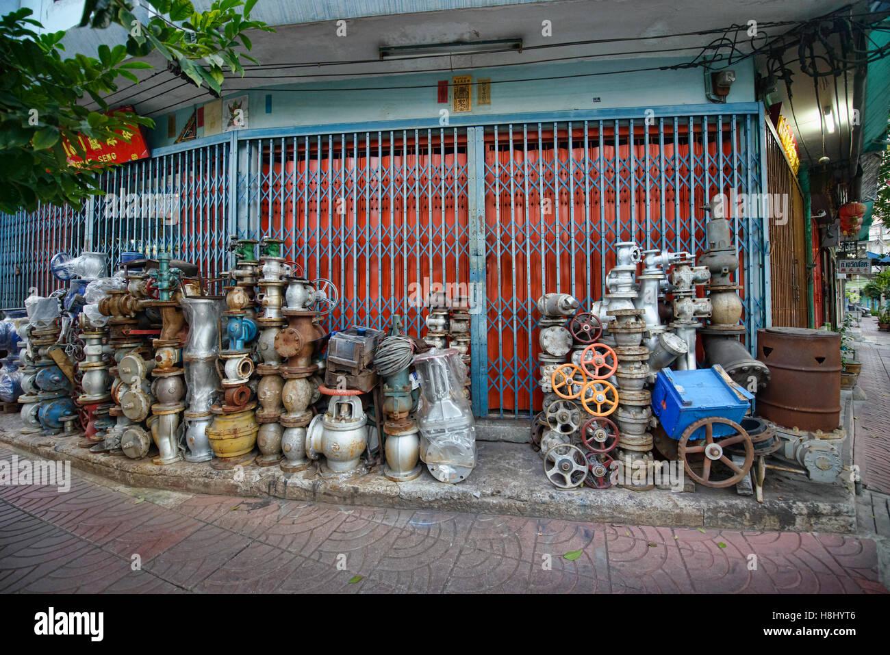 Ventile und Metallteile, Chinatown, Bangkok, Thailand Stockbild