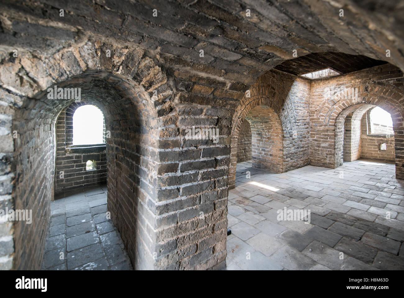 Mutianyu, China - Interieur der Great Wall Of China. Die Mauer erstreckt sich über 6.000 bergige Kilometer Stockbild