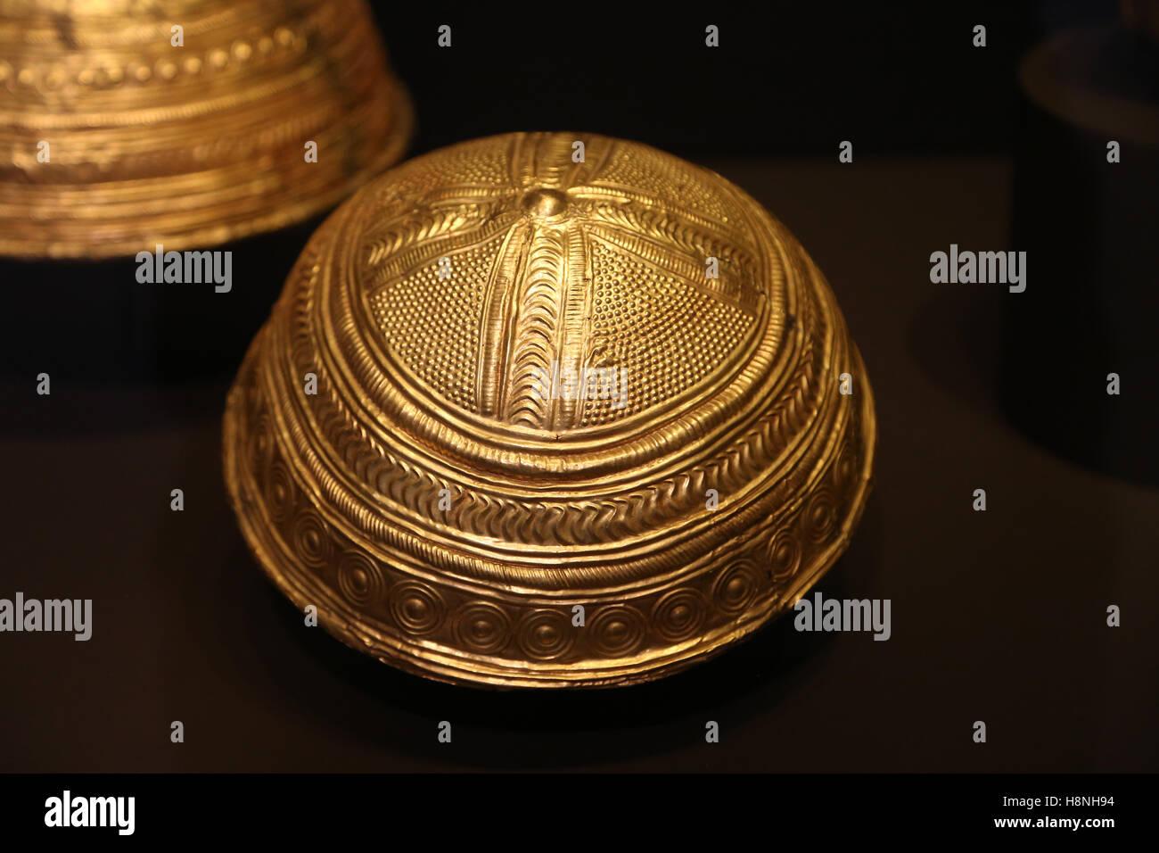 Axtroki Schale. Gold. Späte Bronzezeit. Axtroki, Guipuzcoa, Spanien. 12. bis 19. Jahrhundert BC. Archäologisches Stockbild