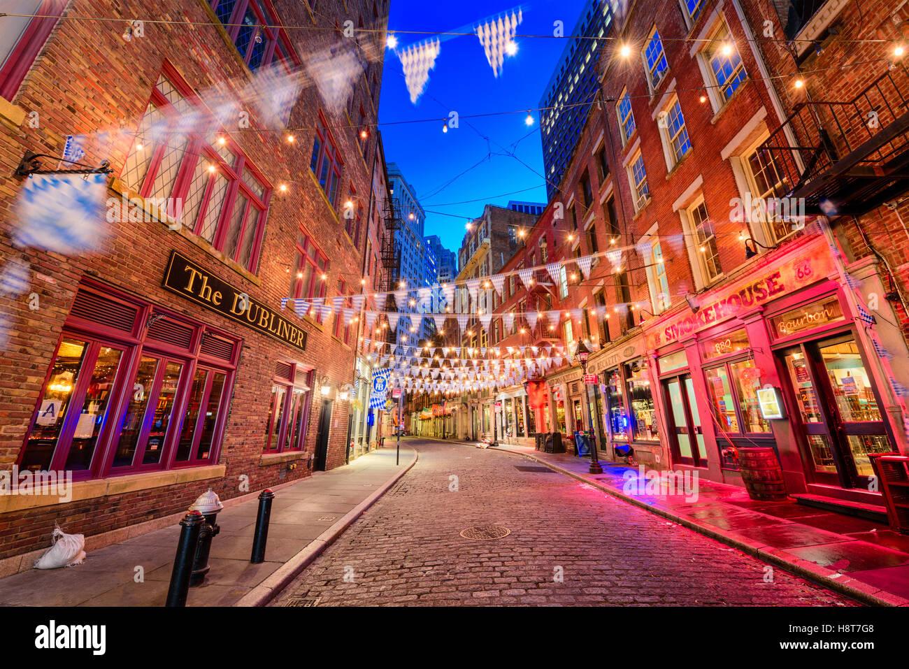 NEW YORK CITY - 12. November 2016: Stone Street im Financial District von Manhattan. Stockbild