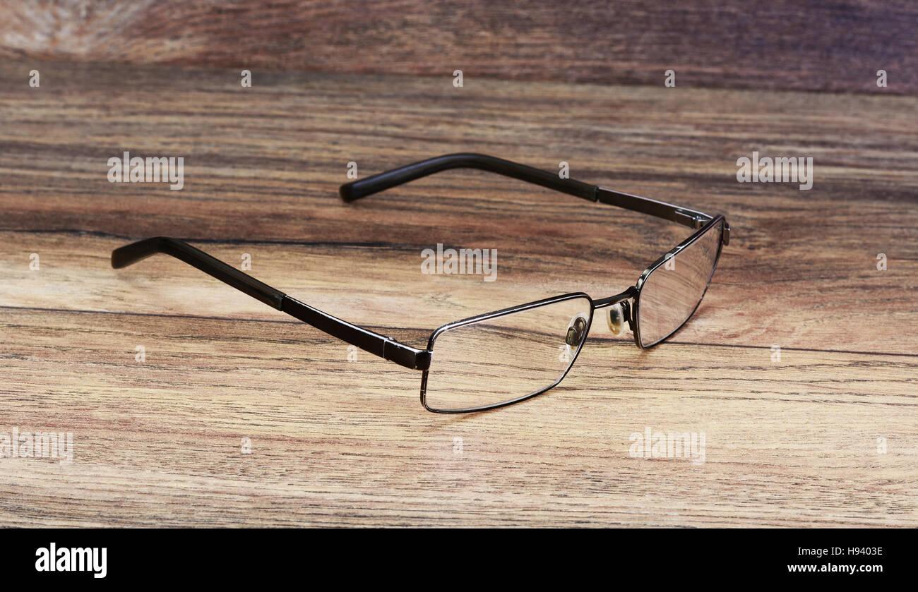 Nett Holz Gerahmte Sonnenbrille Galerie - Benutzerdefinierte ...